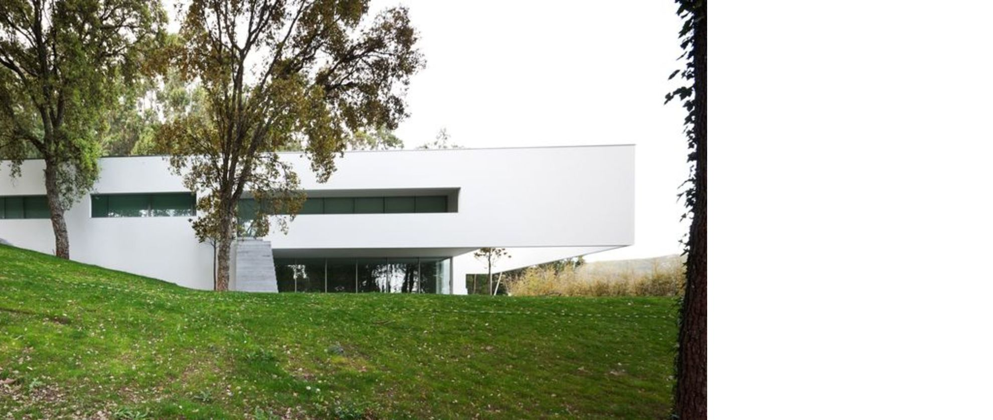 Souto De Moura Designs The Ponte De Lima 3 House In
