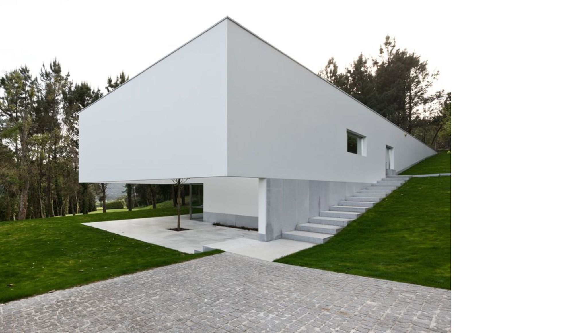 Souto De Moura Designs The Ponte De Lima 3 House In