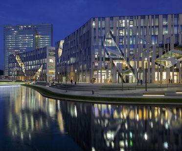 Daniel Libeskind's Kö-Bogen office complex in Düsseldorf