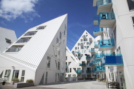 "Aarhus: ""Let's Rethink"" – Sustainable architecture, diversity and democracy."