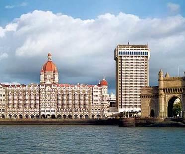Mumbai Sari and Design