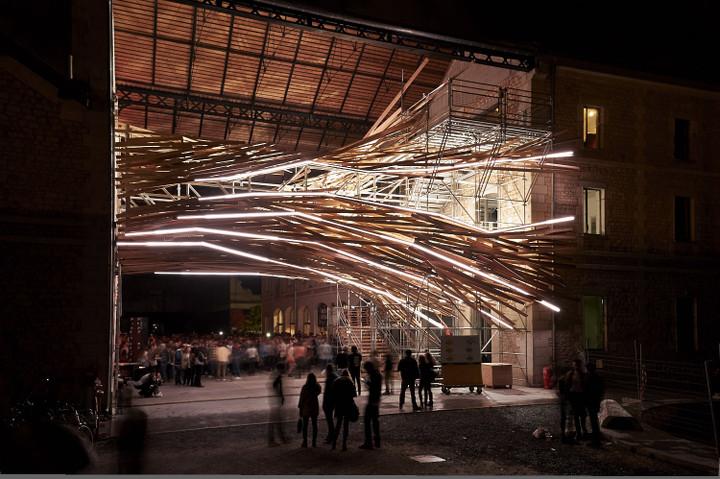 Vortex light sculpture and installation by architecture