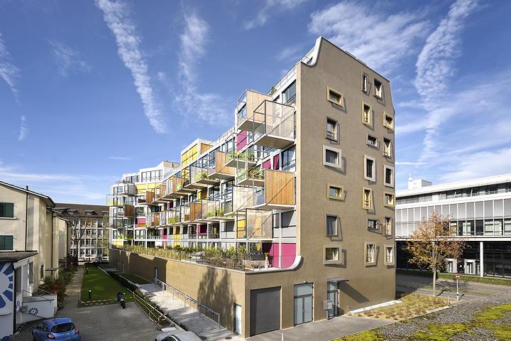 K I S S apartment building in Zurich by Camenzind Evolution