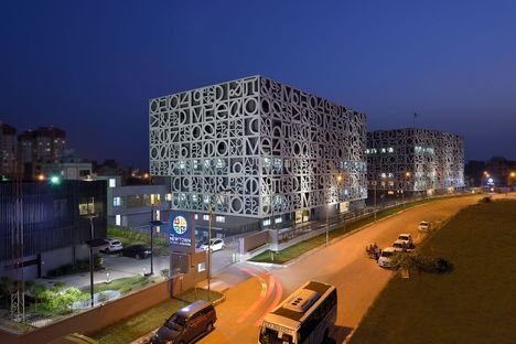 Abin Design Studio and The Newtown School in Kolkata, India