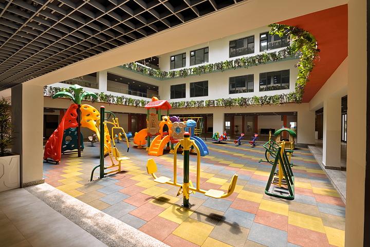 Abin design studio and the newtown school in kolkata india for Newtown builders