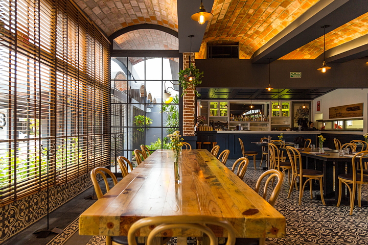 Davy johns restaurant by red arquitectos livegreenblog for German word for floor