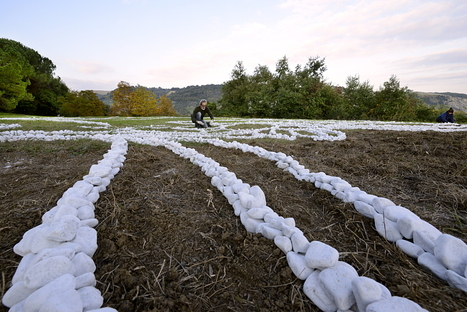 No Man's Land, installation by Yona Friedman