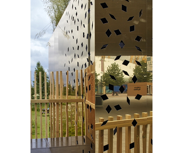 Pop-up sensory garden in London - The Milkshake Tree