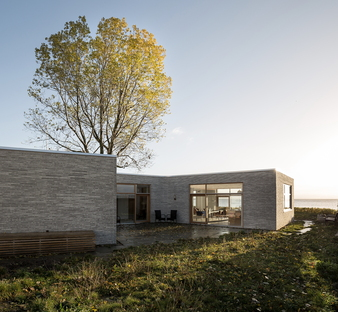 ADEPT completes Villa Platan between land and sea