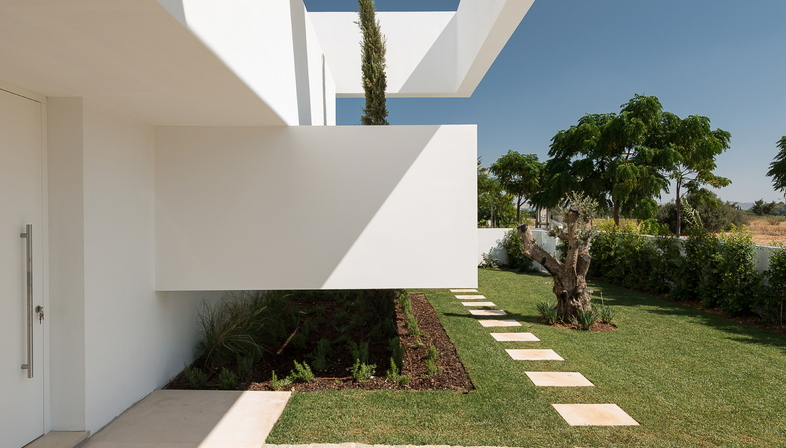Corpo Atelier: Five terraces and a garden