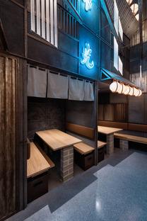 Hikari Yakitori Bar by Masquespacio