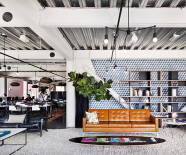 Cloud Room, a co-working with a twist