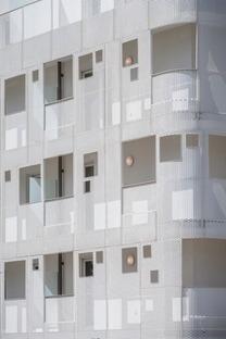 Iconic social housing, Margot-Duclot architectes associés