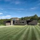 AR Design Studio and Black House in Kent
