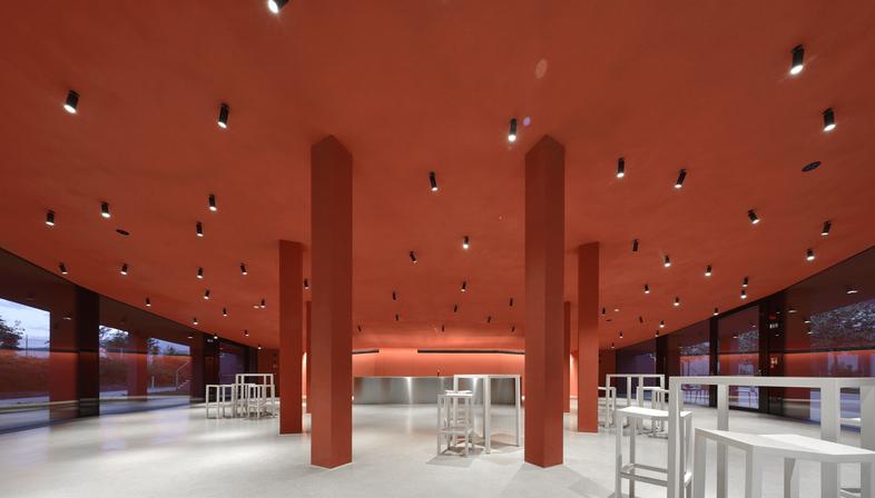 Roland Baldi architects, lunchroom in Bolzano