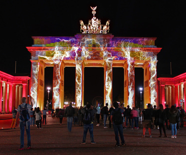 Berlin leuchtet, Light is moving all Berliners