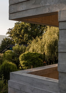Panorama Suburbia, a house extension overlooking Lake Geneva.