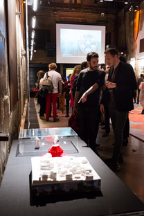 16/40 - collective exhibition of young French artists