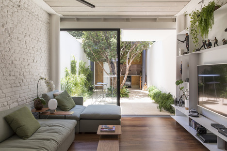 Pirajá House by Estúdio BRA Arquitectura
