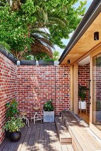 Gladstone: Alter Eco Design renovates a former worker's cottage