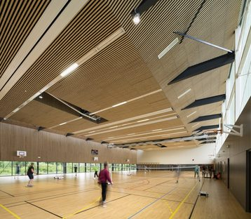 A gym in its context, by Agence ENGASSER & associés