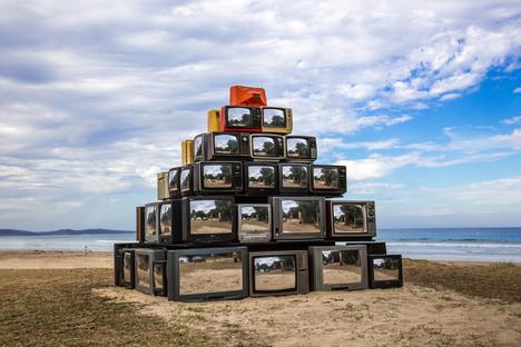 Revision, a site-specific installation by Shirin Abedinirad