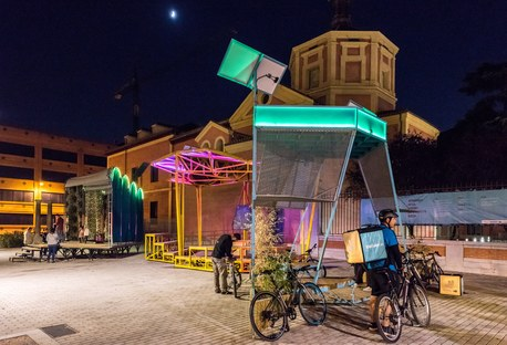TANDEM, an energy self-sufficient public space