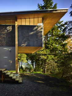 Applied recycling with Scavenger Studio by Olson Kundig