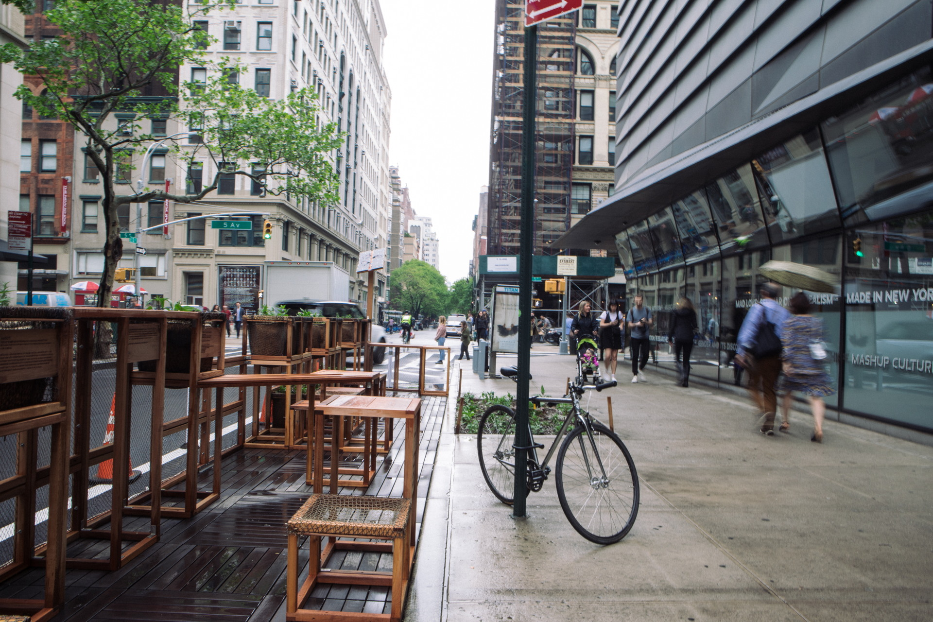 Street Seats sustainable popup space in New York | Livegreenblog