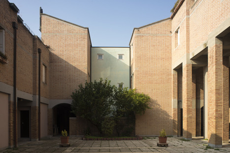 Biennale, Unfolding Pavilion at Gino Valle's IACP in Giudecca