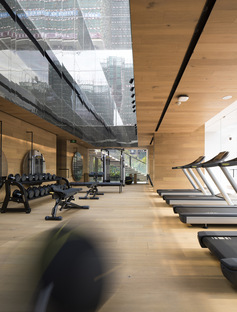 Sky Club House, gym in Dongguan City by DOMANI Design