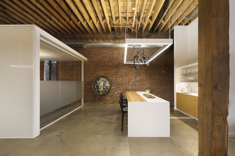Scenic Advisement Offices by Feldman Architects