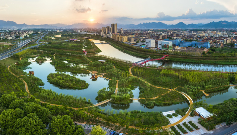 Turenscape and the Puyangjiang River Corridor