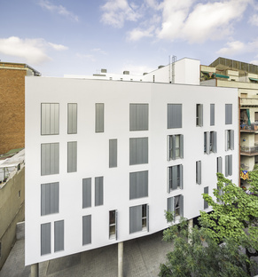 Sustainable Social Housing in Barcelona by Espinet/Ubach
