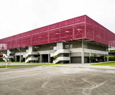 A bioclimatic gym in Abidjan by Koffi & Diabaté Architectes