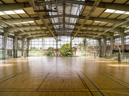 A bioclimatic gym in Abidjan by Koffi & Diabaté Architectes