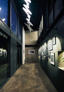 United Units Architects (UUA) designs a photography studio in Beijing