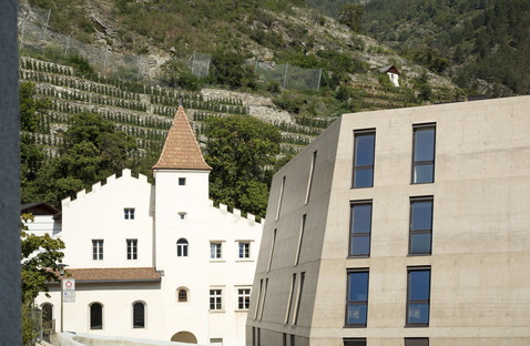 Schlossgarten, building in the historical context of South Tyrol