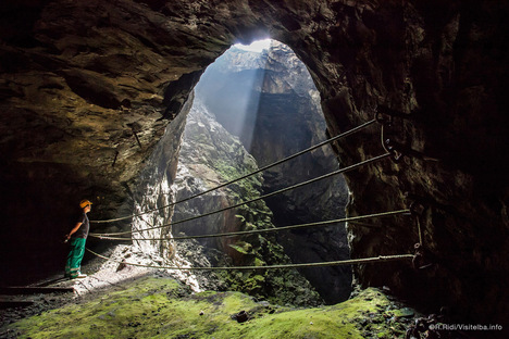 Elbaunderground, a new sustainable approach to tourism