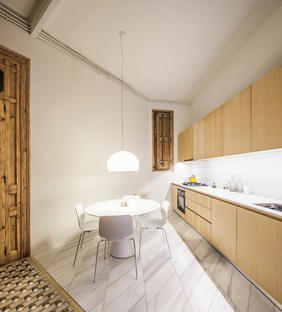 Cabinet Studio Apartment by Anna and Eugeni Bach