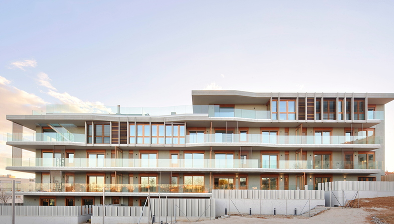 Espai Natura, a sustainable residential condominium by Bailorull