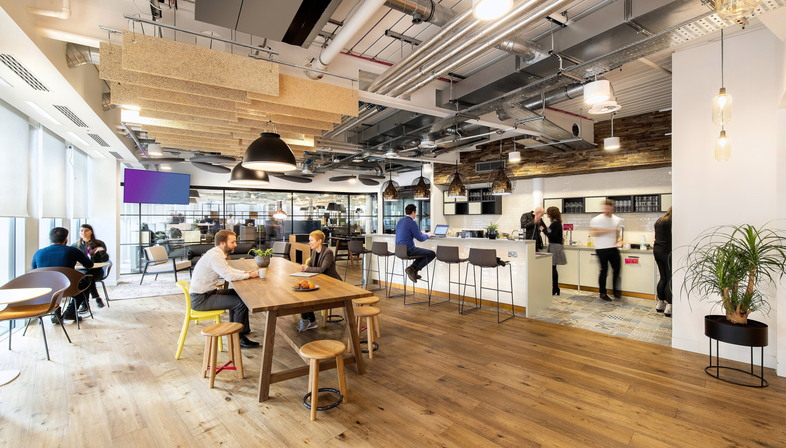 Wellbeing and productivity, Evolution Design for HB Reavis