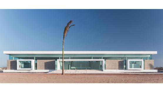 RECS achitects, Sales Center in Brazil