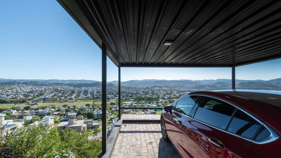 Casas MG by Gonzalo Cabanillas, living with a view