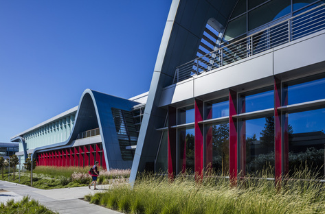 Innovation Curve Technology Park in Silicon Valley by Form4 Architecture
