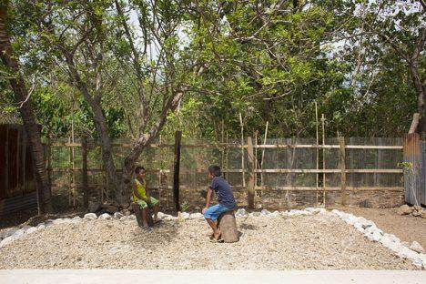 ARTIFICIAL, symbolic self-building in Costa Rica with PICO and A01