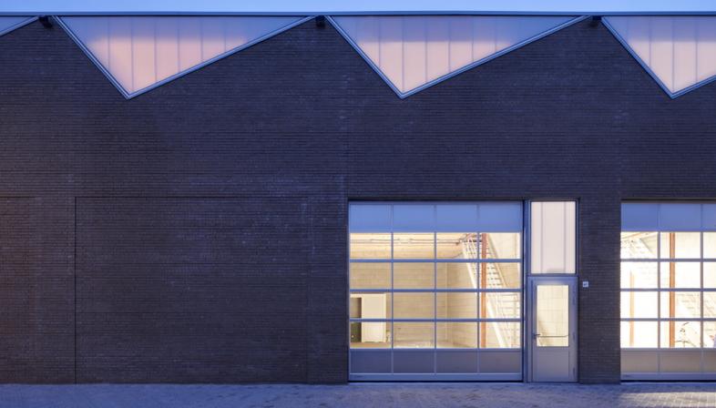 Sustainable industrial architecture by derksen|windt architecten