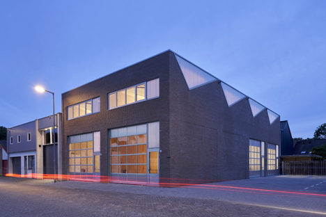 Sustainable industrial architecture by derksen|windt architecten