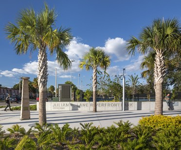 2019 American Architecture Awards to Civitas and W for Julian B. Lane Riverfront Park in Tampa