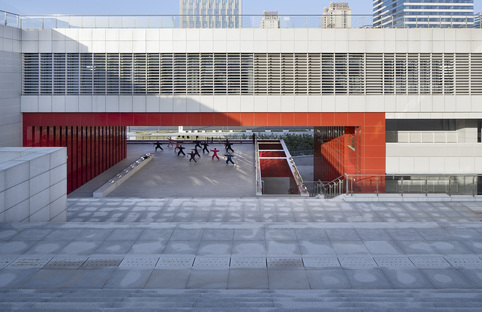 Yiwu Cultural Square, a public stage by UAD